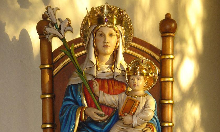 Notre Dame de Walsingham veille sur l'Angleterre